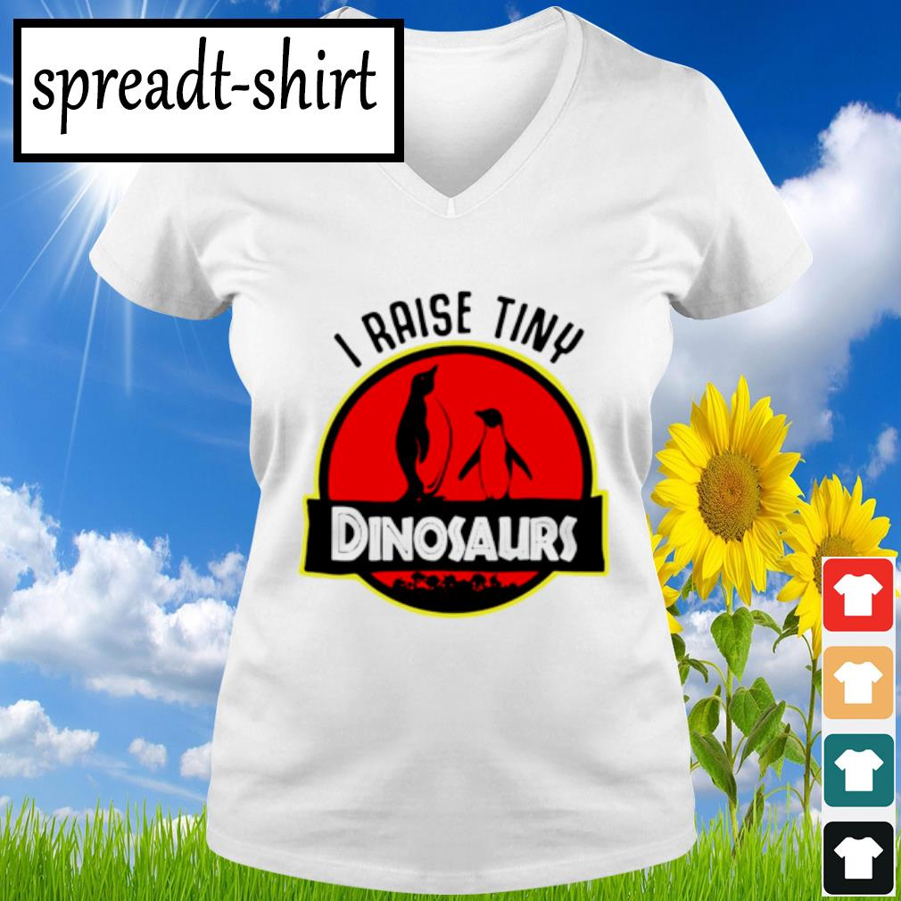Penguin I raise tiny dinosaurs s V-neck T-shirt
