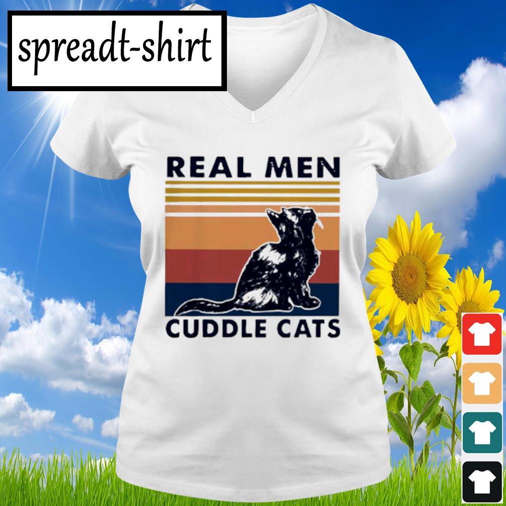 Real Men Cuddle Cats Vintage Shirt V-neck T-shirt